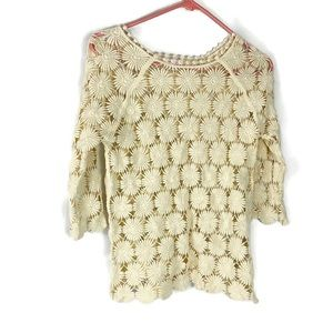 Xhilitriation Open Knit Floral Design Top Size S